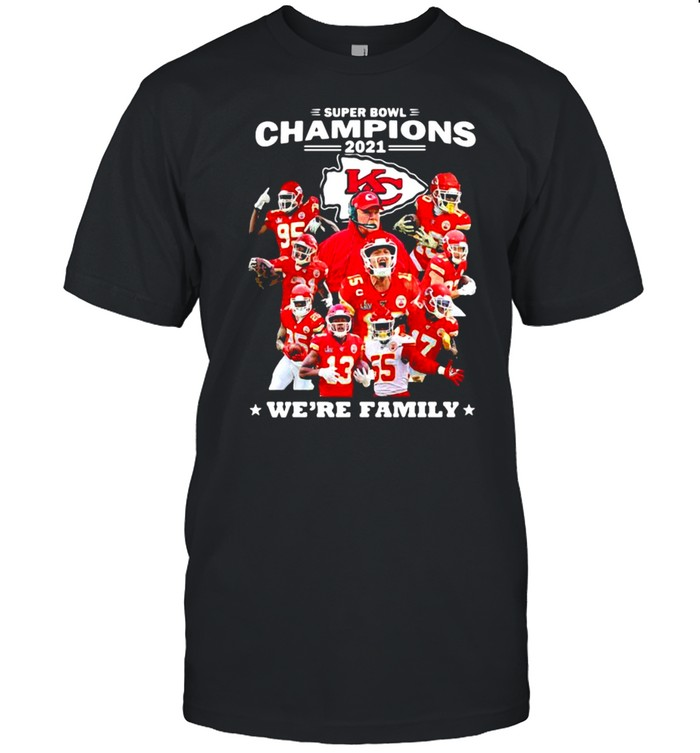 Super Bowl Champions We're Family Chiefs shirt Classic Men's T-shirt