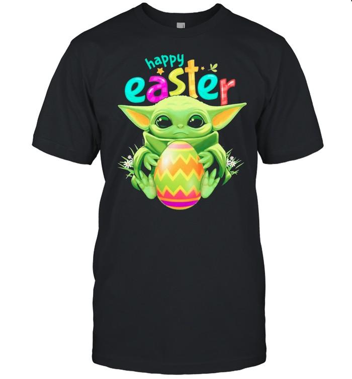 Star Wars Baby Yoda Hug Easter Eggs Happy Easter 2021 shirt Classic Men's T-shirt