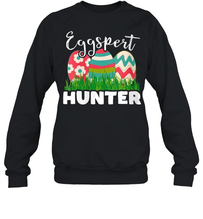 Eggspert Hunter Easter Egg shirt Unisex Sweatshirt
