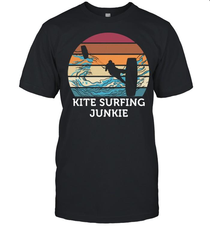 Kitesurfen Junkie Vintage Retro Sunset Beach Surfing  Classic Men's T-shirt