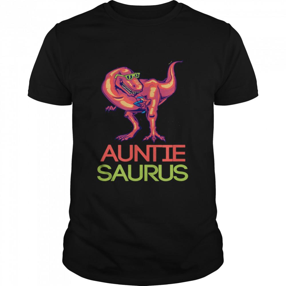 Auntie Saurus idea for Dinosaurs  Classic Men's T-shirt