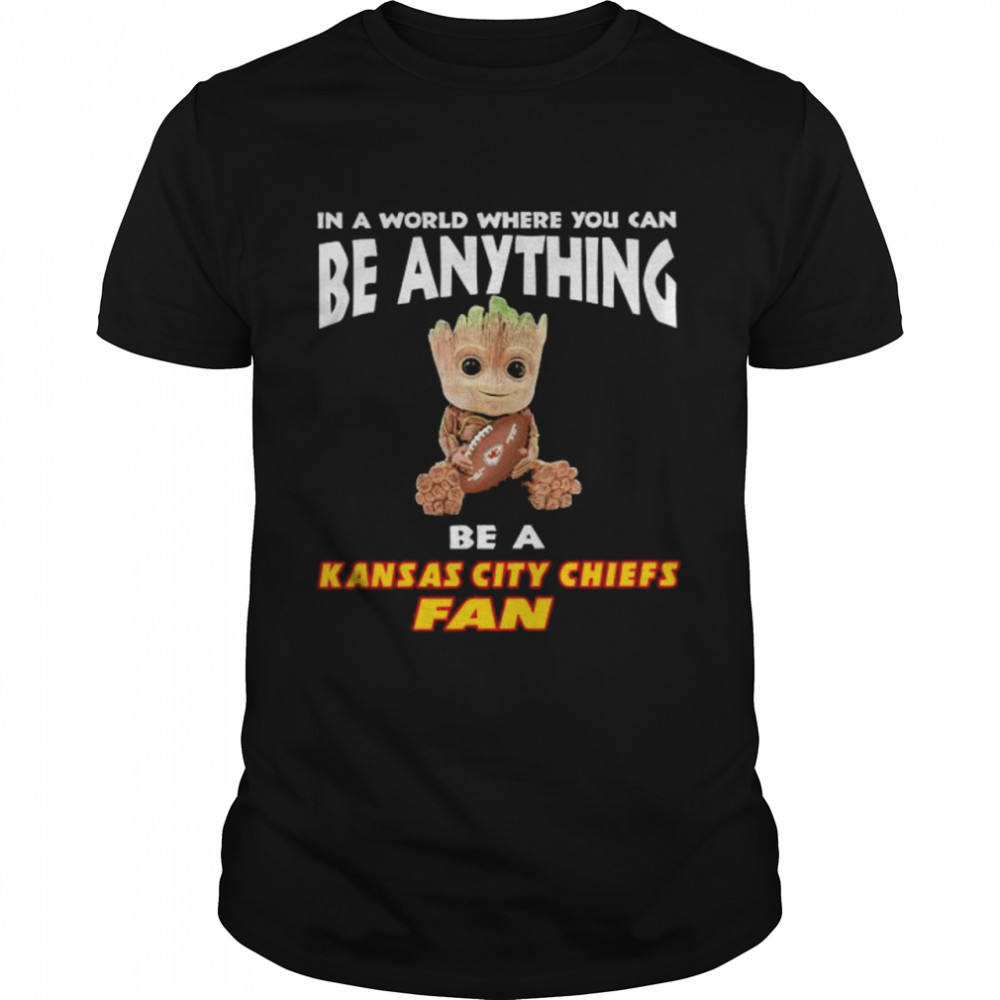 In A World Where You Can Be Anything Be A Kansas City Chiefs Fan Baby Groot  Classic Men's T-shirt