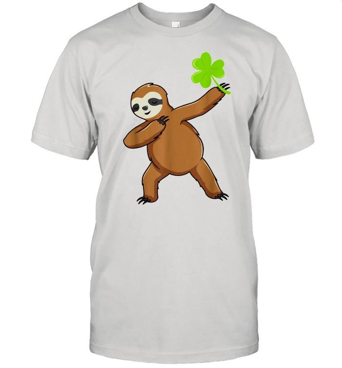 Irish Leprechaun Dabbing Sloth St Patrick's Day Green shirt Classic Men's T-shirt