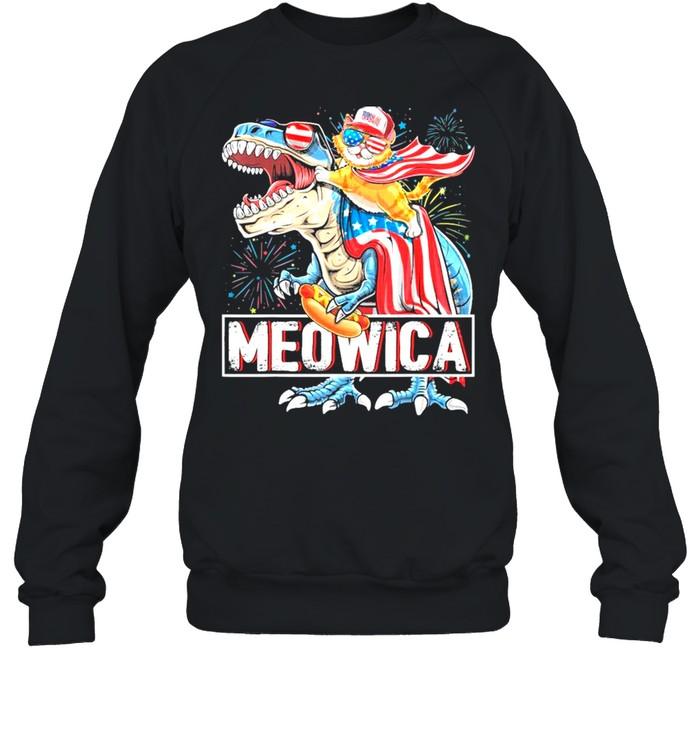 Meowica Cat Riding T- Rex Dinosaur 4th Of July American Flag Kids shirt Unisex Sweatshirt