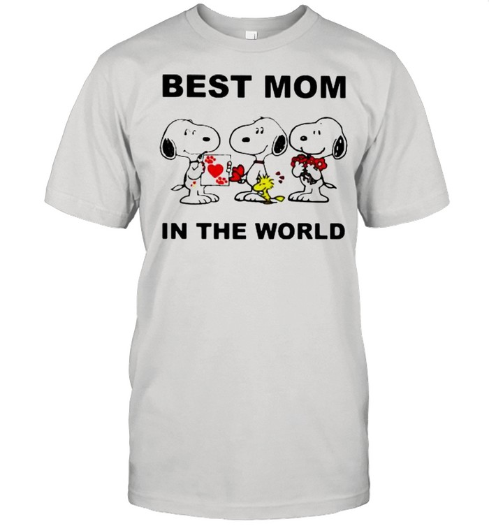 Best Mom In The World Snoopy  Classic Men's T-shirt