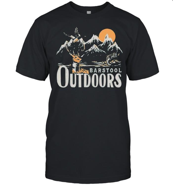Barstool outdoors shirt Classic Men's T-shirt