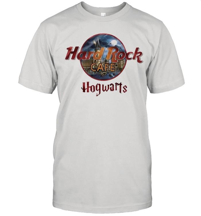 Hard Rock Café Hofwarts  Classic Men's T-shirt