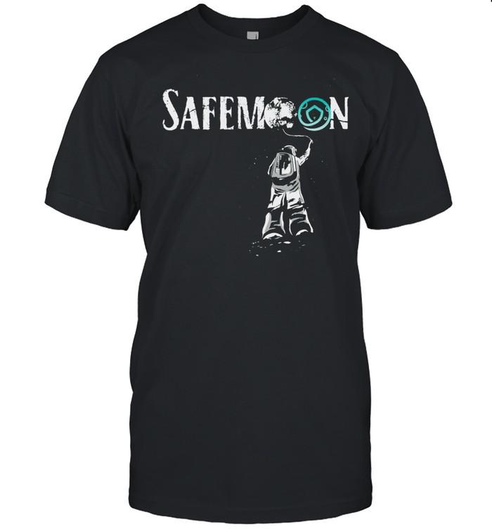 Safemoon shirt Classic Men's T-shirt