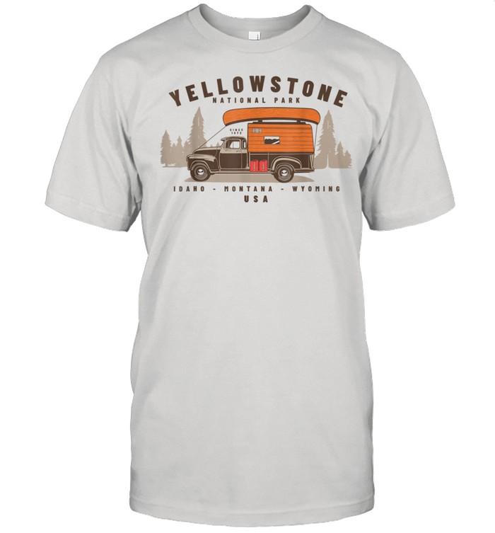 Yellowstone National Park shirt Classic Men's T-shirt