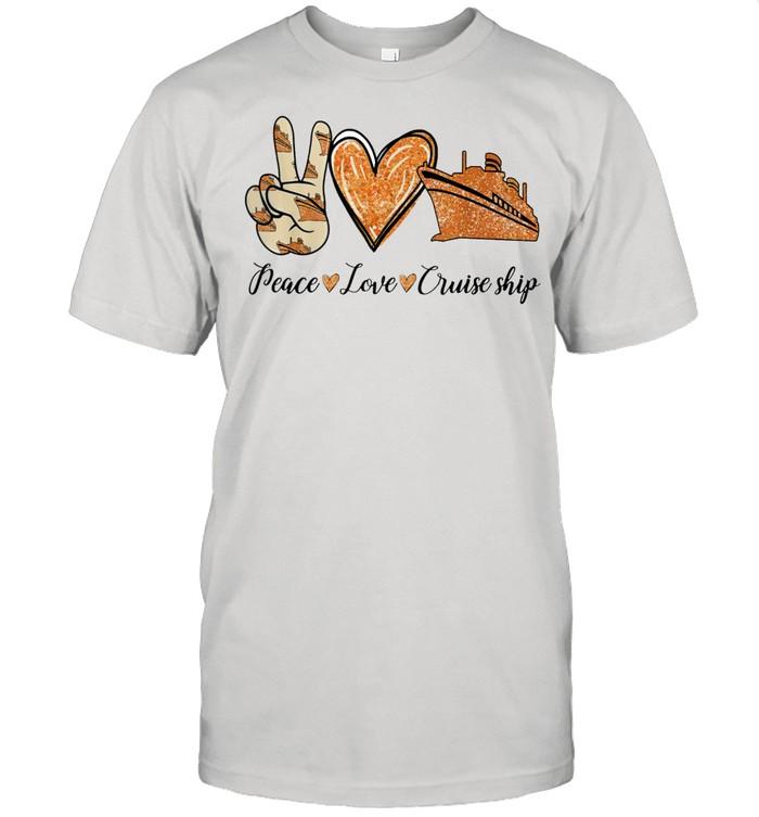 Peace love cruise ship shirt Classic Men's T-shirt