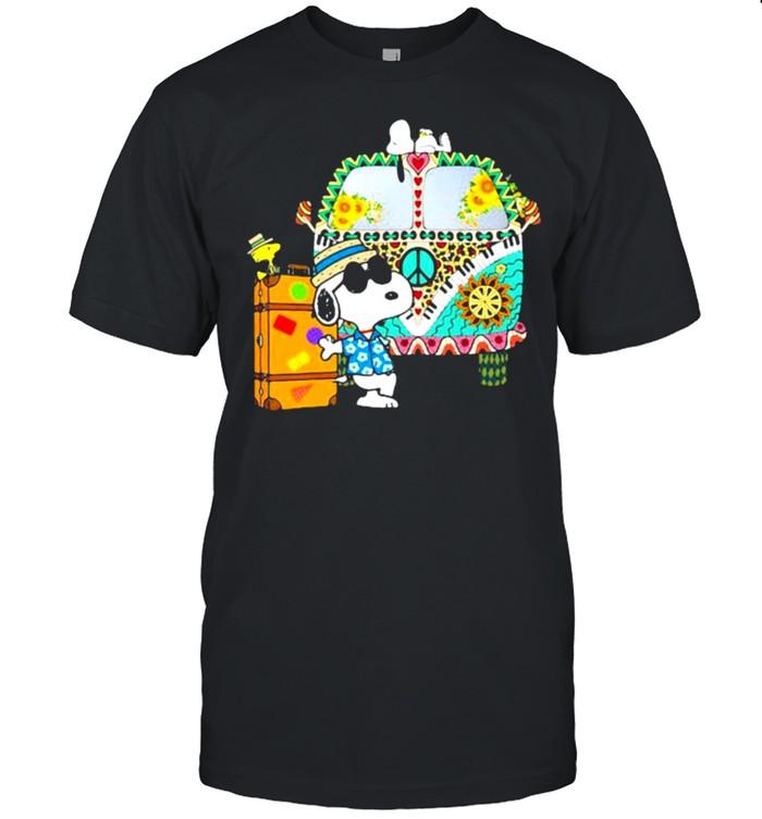 Bus Hippie snoopy vacation summer shirt Classic Men's T-shirt