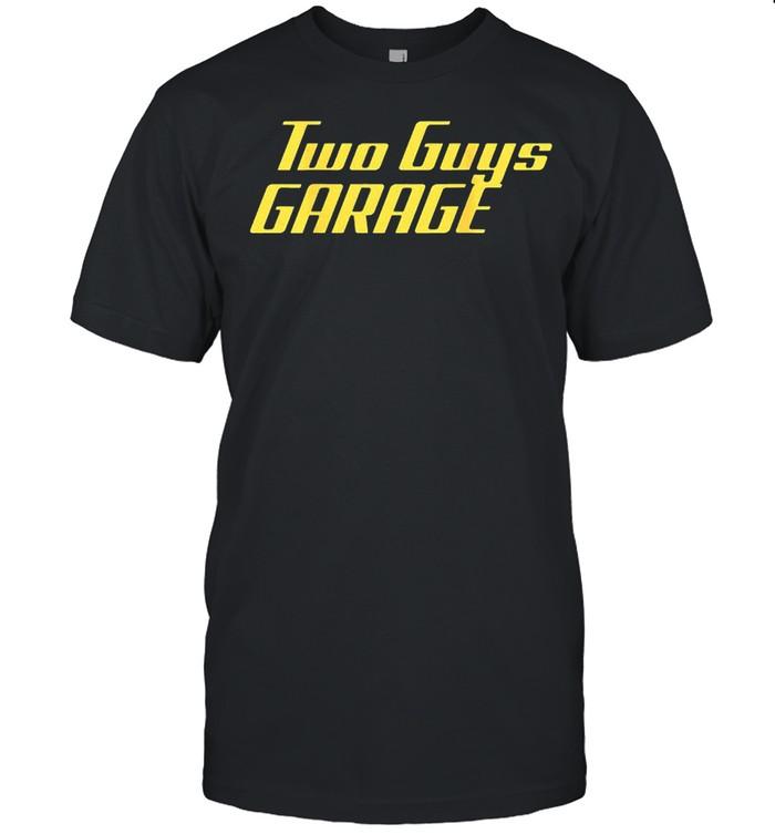 Two guys garage shirt Classic Men's T-shirt