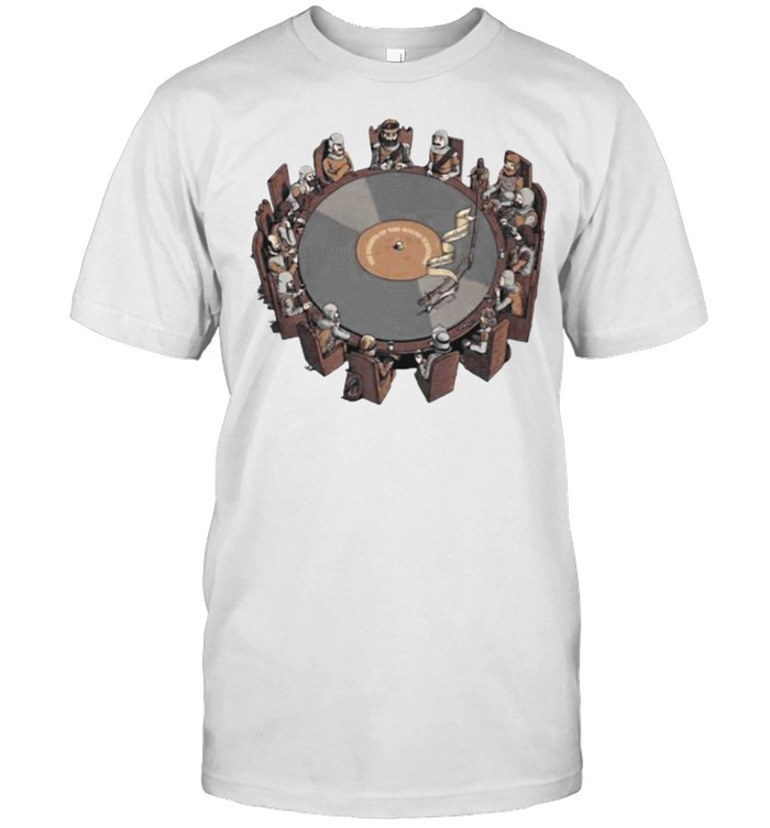 Vinyl Knights Of The Round Turntable  Classic Men's T-shirt