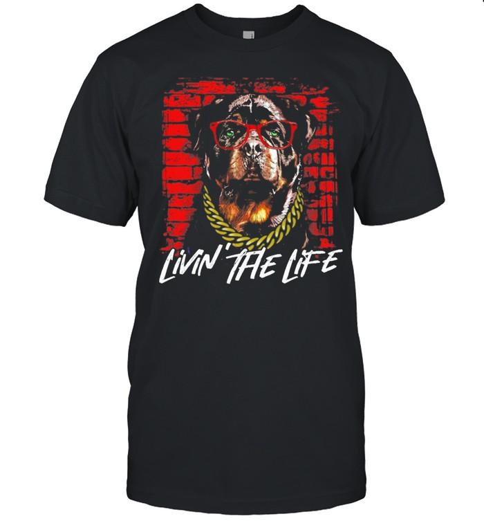 Rottweiler livin the life shirt Classic Men's T-shirt