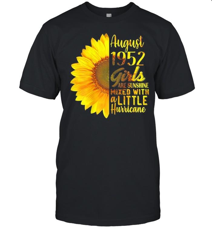 August Girls 1952 Sunflower 69th Birthday shirt Classic Men's T-shirt