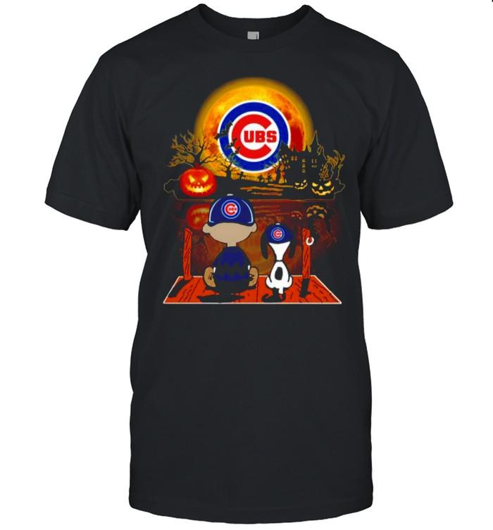 Snoopy and Charlie Brown Pumpkin Chicago Cubs Halloween Moon shirt Classic Men's T-shirt