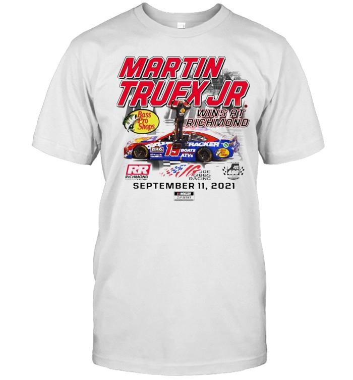 Martin Truex Jr. wins at richmond shirt Classic Men's T-shirt